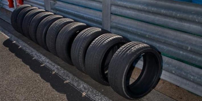 Les 10 pneus à l'essai sur le circuit de Magny-Cours