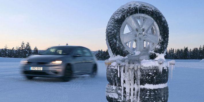 Test pneus hiver sur neige par Autobild