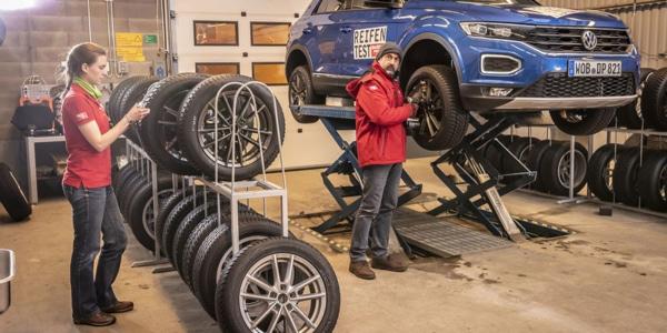 Test de pneus hiver sur le SUV Volkswagen T-Roc